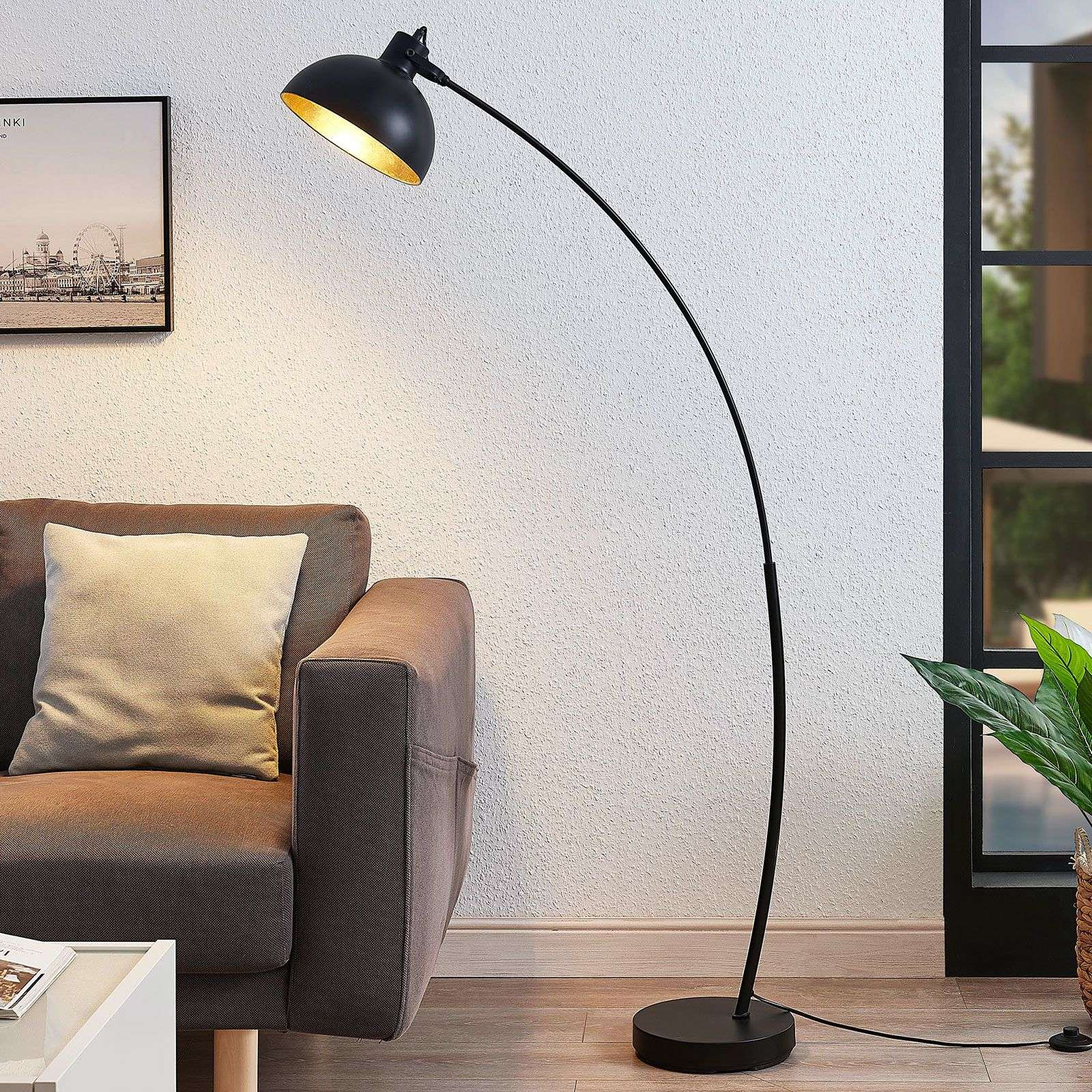 Boogvloerlamp Phileas in zwart en goud