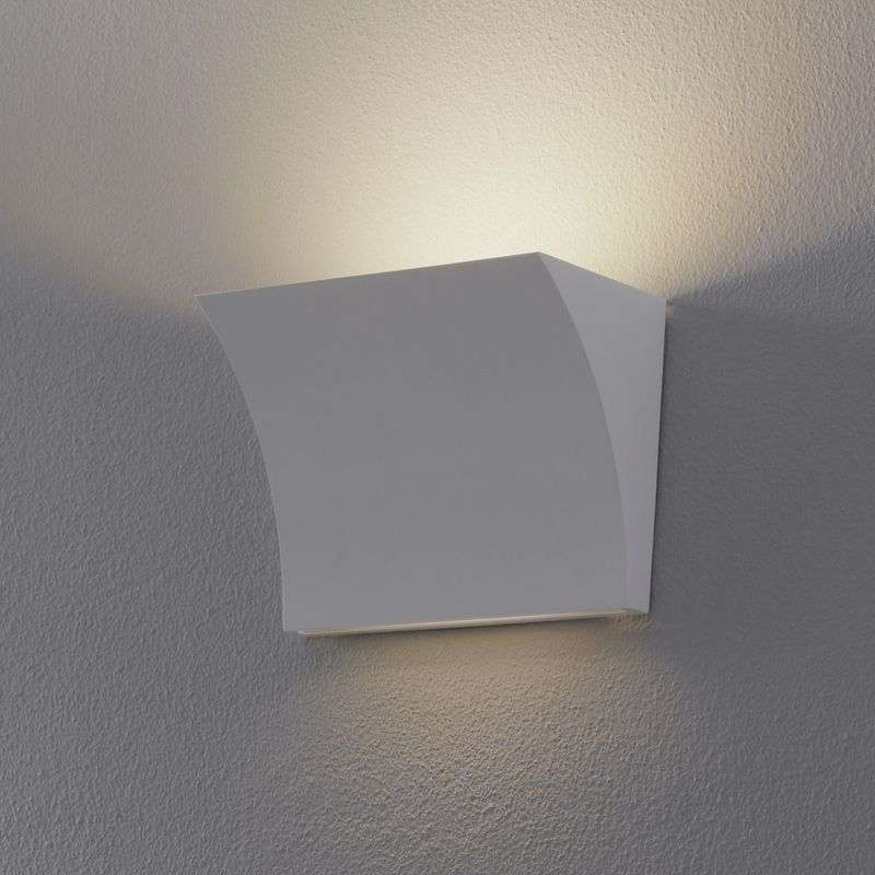 Direct/indirecte stralende LED wandlamp Pochette
