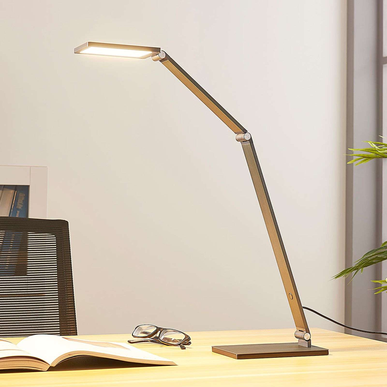 Dimbare LED bureaulamp Mion
